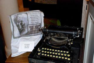 Corona#3typewriter